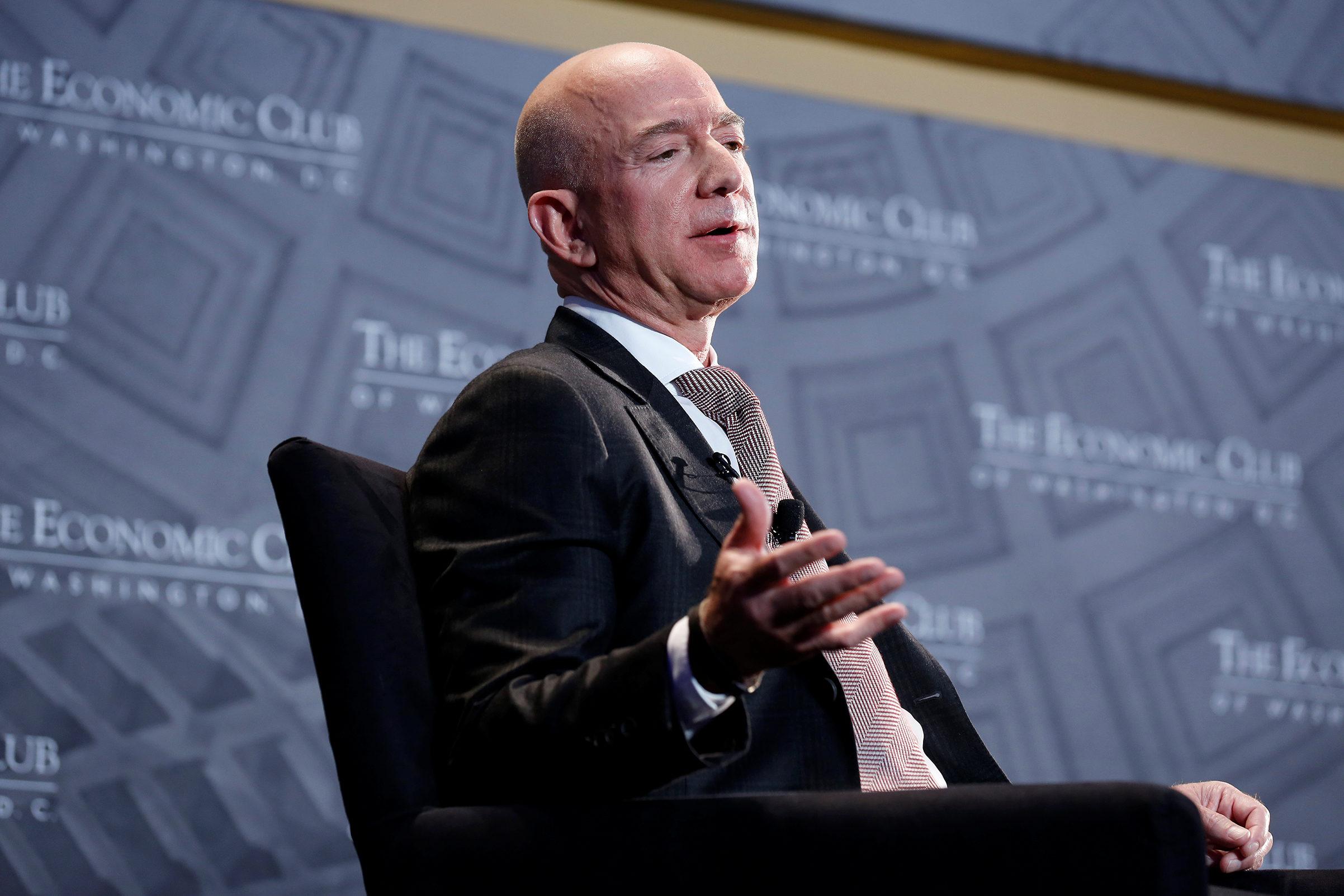 Ο κανόνας με τις 2 πίτσες που ακολουθεί ο Jeff Bezos στα meeting